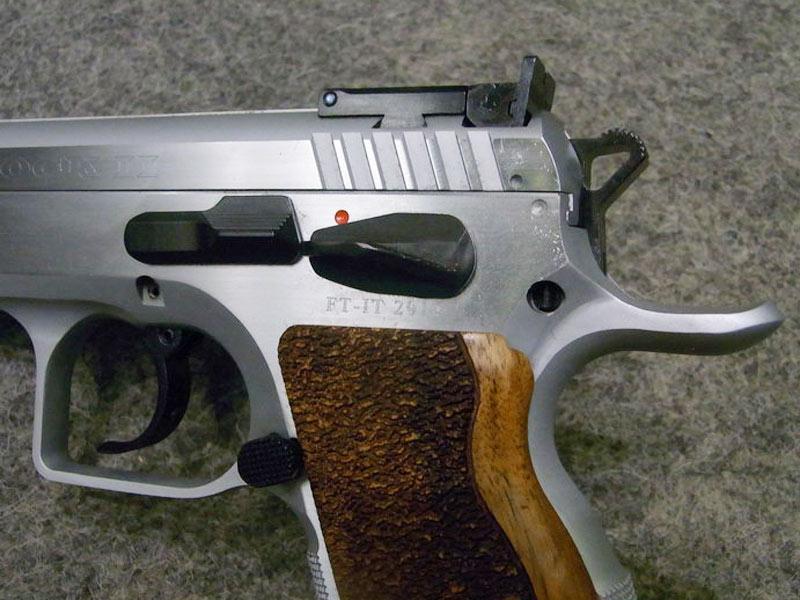 Pistola Tanfoglio Stock II calibro 9 x 21