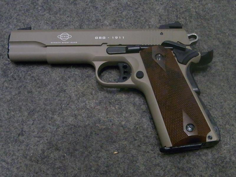 Pistola sportiva GSG modello 1911 Desert Tan