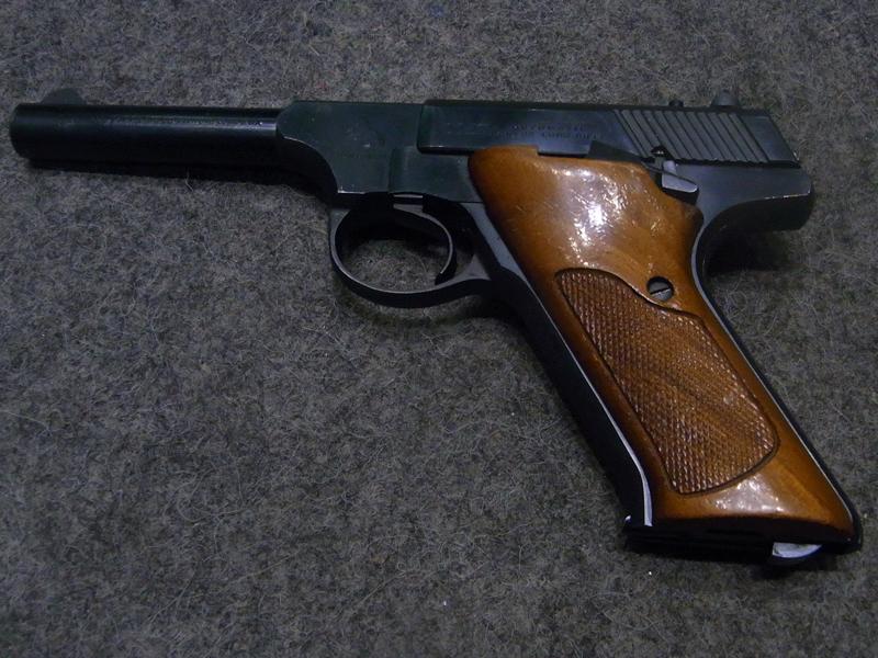 pistola Colt Huntsman calibro 22 l.r.