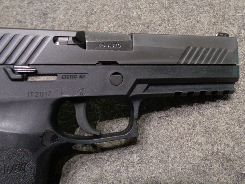 pistola Sig Sauer P320 calibro 45 acp