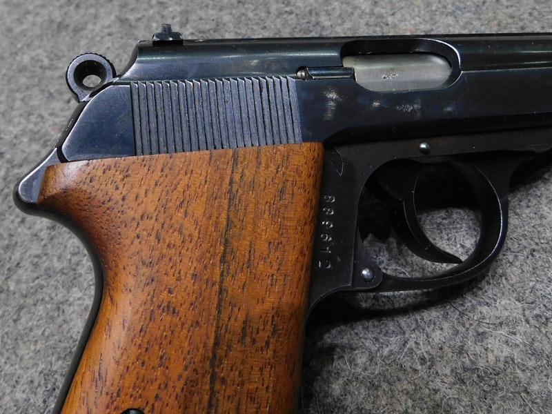 pistola Walther PP Zella Mehlis sicura 90°