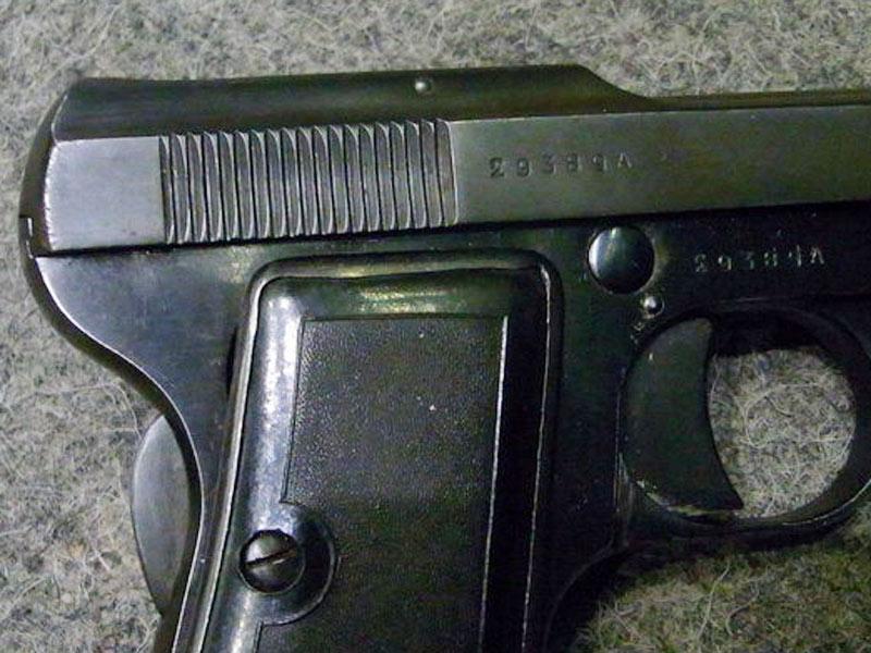 pistola Beretta 418