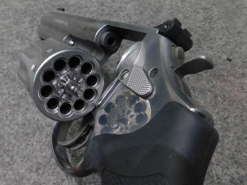 revolver Smith & Wesson 617 calibro 22 l.r.