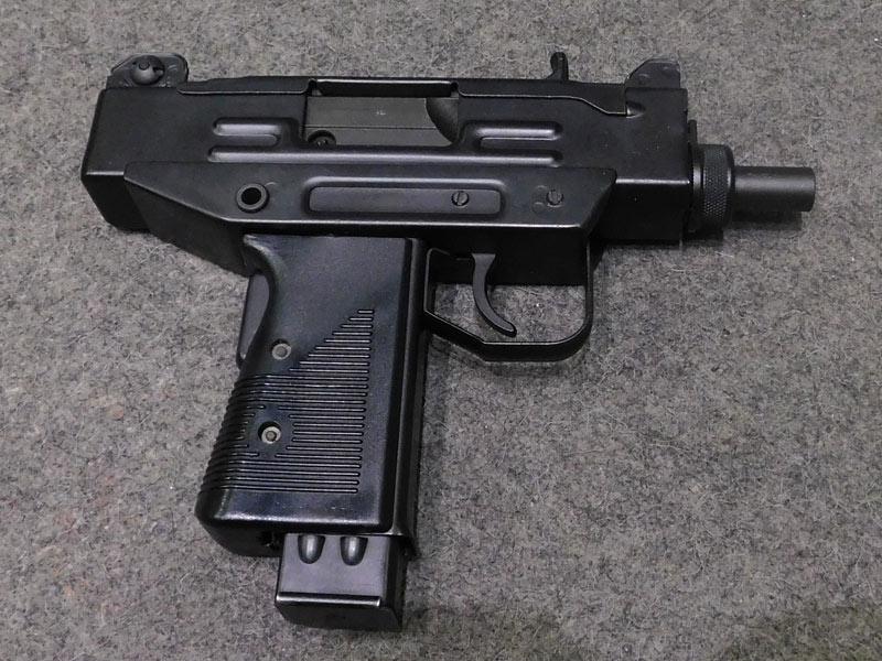 pistola Uzi Defender calibro 9 x 21
