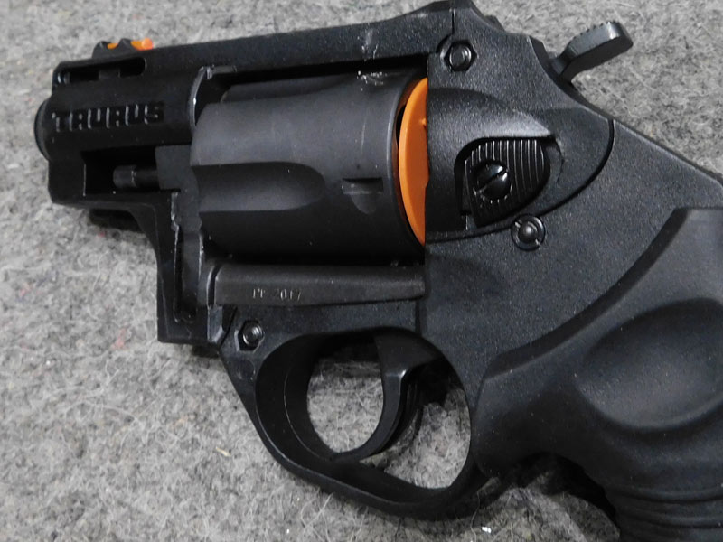 revolver Taurus Protector Poly