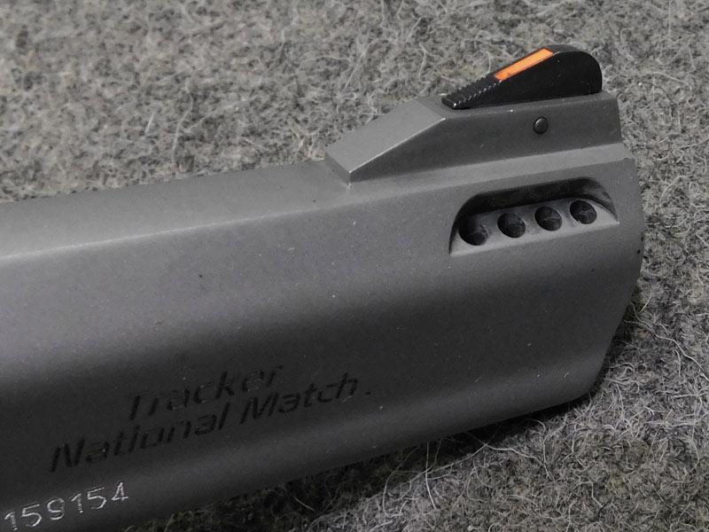 revolver Taurus Tracker 357