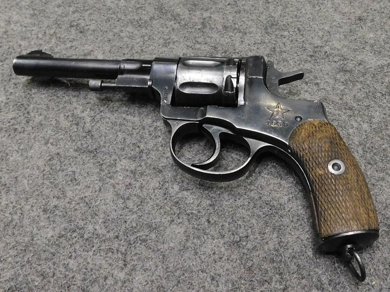 revolver Nagant 1895 Tula