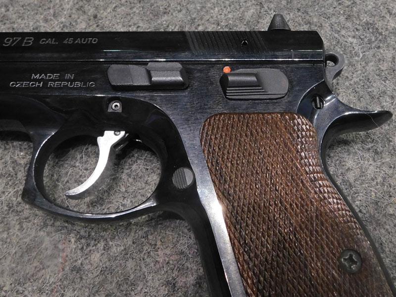 pistola C.Z. 97 B usata