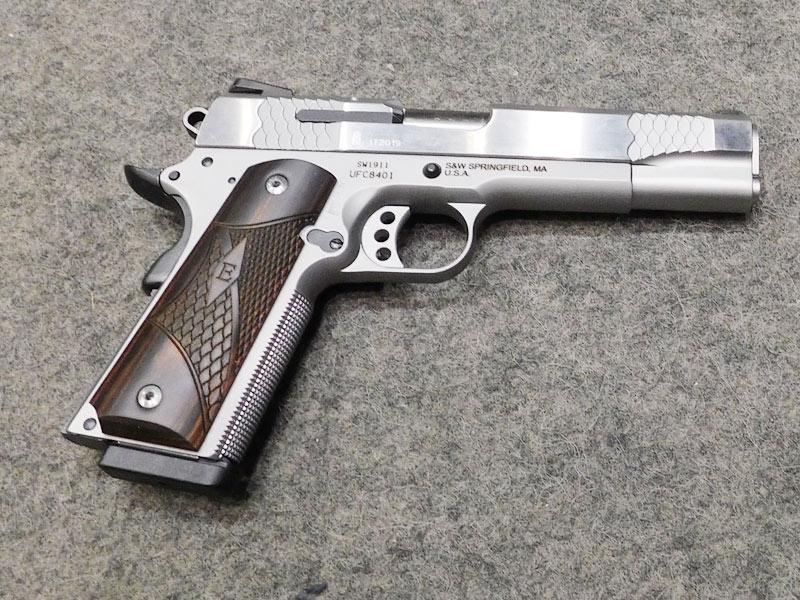 S&W 1911 E 45