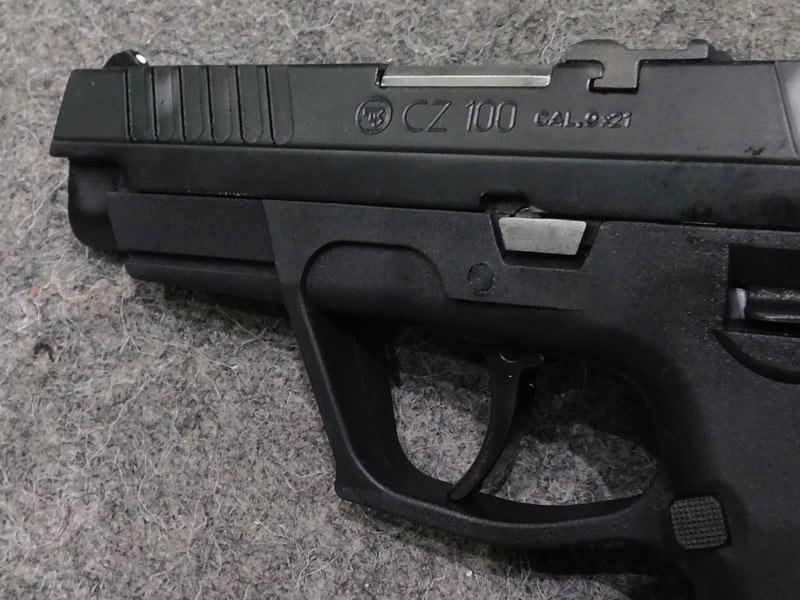 pistola C.Z. 100 usata