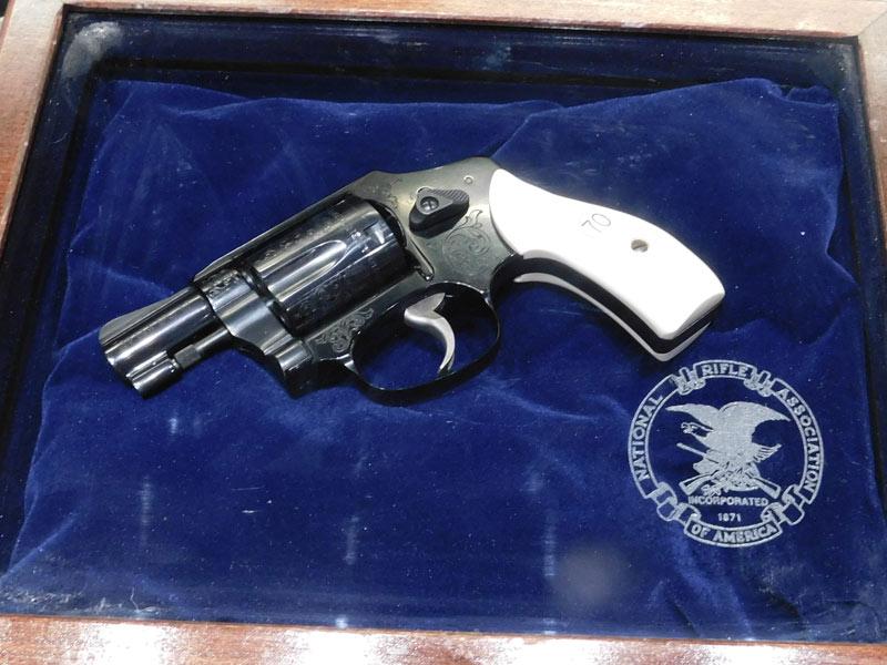 Smith & Wesson 442 N.R.A.