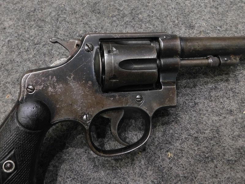revolver T.A.C. Trocaola